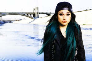 Snow-Tha-Product-Press-Photo1